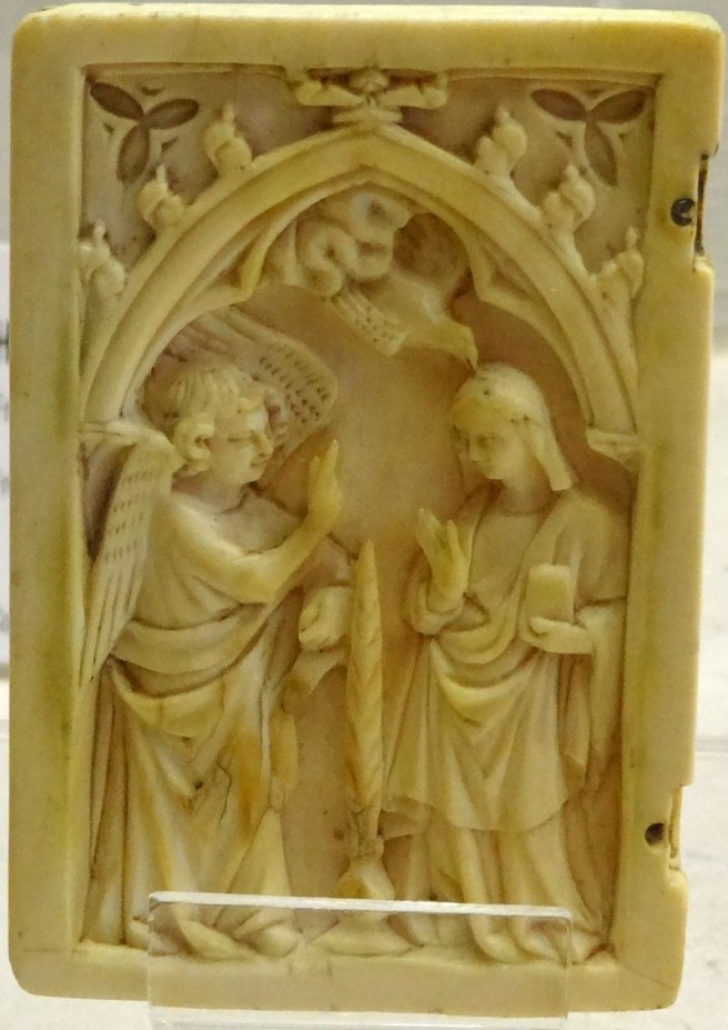 This ivory carving is a leaf from a diptych made in France in the 14th century