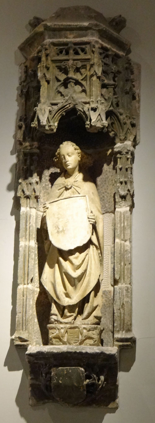 Burrell Collection - French or Flemish niche with a Saint holding a shield 15C