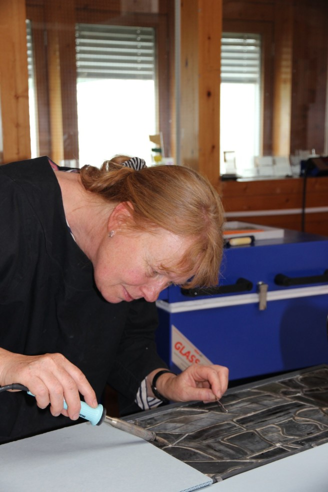 Marie soldering using an electric iron
